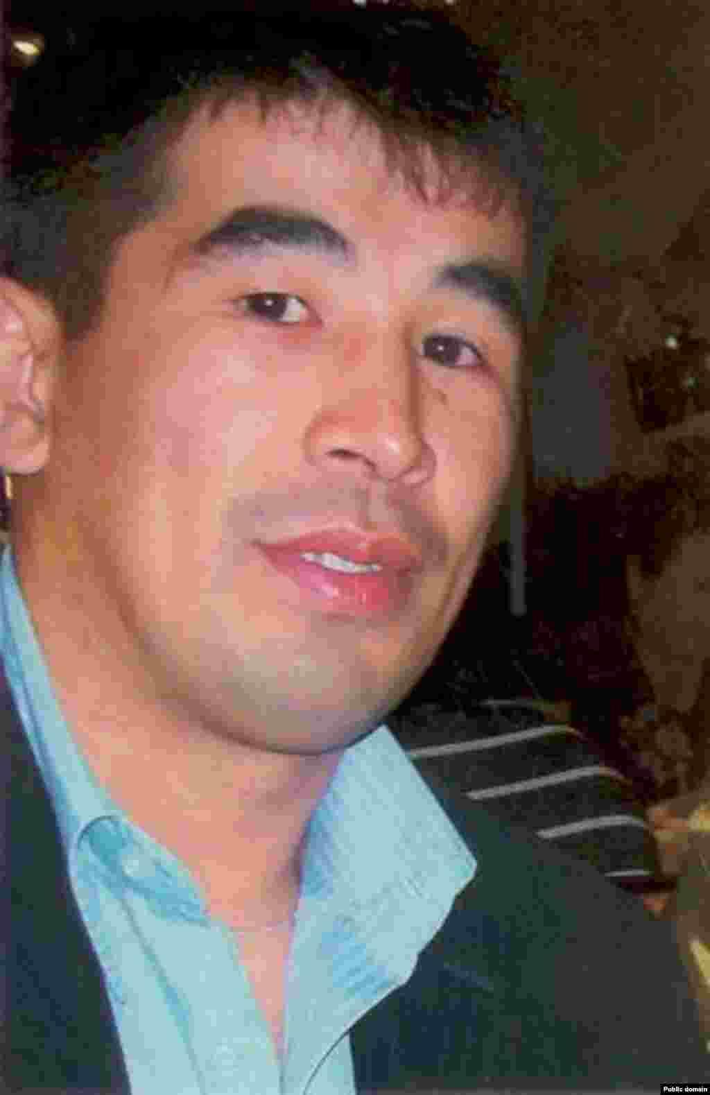 Джанаберген Кушеров был убит 16 декабря 2011 года в городе Жанаозен.