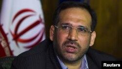 Министерот за економија на Иран Шамседин Хосеини.