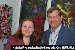 Директор Berliner Week 2017 Юрґен Ґольтц і українська художниця Олена Бандурка