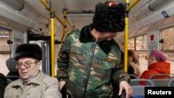 Казаки патрулируют общественный транспорт Волгограда