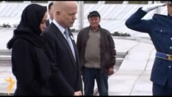 Hague i Jolie u Srebrenici