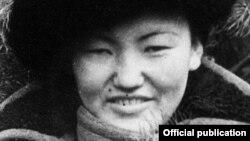 Сайра Кийизбаева на брянском фронте. 1942 год.