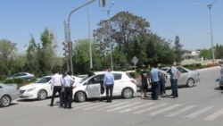 Aşgabat: Ýol polisiýasy hususy taksiçileri 'gysýar'
