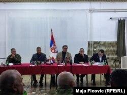 Presidenti i Serbisë, Aleksandar Vuçiq dhe zyrtarët e tjerë të lartë serbë gjatë takimit në Rashkë të Serbisë më 13 tetor 2021.