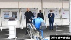 Prezident İlham Əliyev Hadrut qəsəbəsində, elektrik yarımstansiyasının təməlini qoyur, 9 oktyabr 2021
