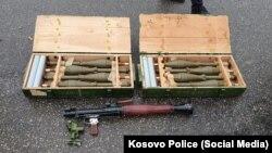 Oružje oduzeto tokom racije 10. oktobra 2021, u akciji u kojoj je uhapšeno pet osoba osumnjičenih za terorizam.