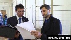 Журналіст Максим Савчук та голова фінансового комітету Верховної Ради і депутат від «Слуги народу» Данило Гетманцев