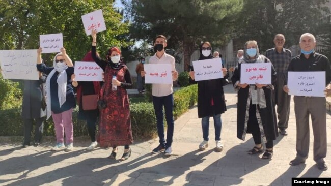 Activists in Sanandaj on October 6 called for a transparent review of Faezeh Maleki's case as well as a change in gender-biased laws.