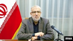جواد اوجی، وزیر نفت ایران، برآورد کرده است که برای حفظ و نگهداشت تولید نفت حداقل ۱۵ میلیارد دلار بودجه لازم است