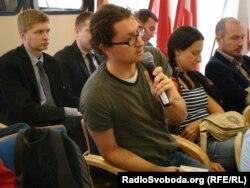 Словацькі журналісти ставлять запитання українським, Братислава, квітень 2014 року
