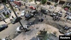 Pe locul atacului cu bombă împotriva procurorului Hisham Barakat la Cairo, 29 iunie 2015