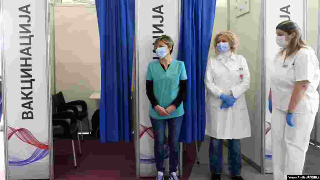 Opening of a point in the shopping center Gallery for vaccination against coronavirus