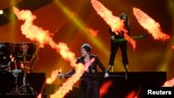 Песенный конкурс Eurovision 2013. Представители Албании на репетиции перед полуфиналом. Мальме, Швеция. 15 мая 3013
