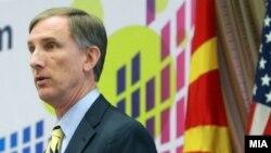 Американскиот амбасадор во Македонија, Пол Волерс.
