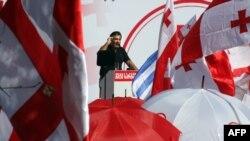 Михаил Саакашвили выступает на митинге своих сторонников