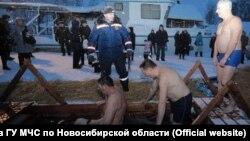 Крещенская прорубь в Новосибирске