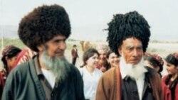 Türkmen mollalary meseleleri ret edip, adamlary köşeşdirmäge synanyşýarlar