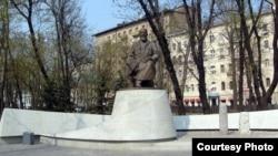 Для россиян символом казахской письменности стал Абай Кунанбаев
