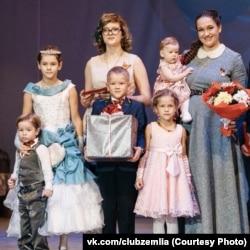 Наталья Голубцова и дети