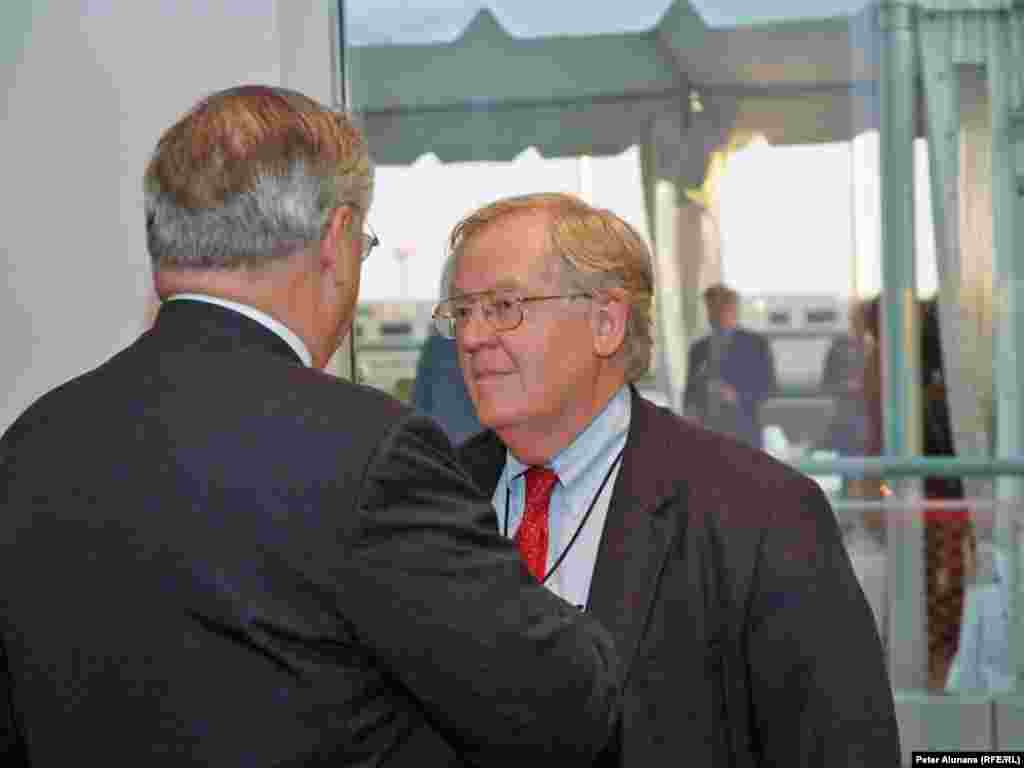 BBG Governor Victor Ashe, at RFE's 60th anniversary reception at the Newseum in Washington, DC.
