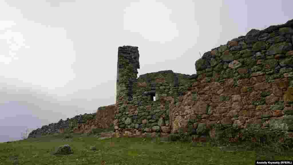 Найбільша протяжність фортеці з півночі на південь – 106 метрів, із заходу на схід – 56 метрів. Вона займає площу 0,52 гектара