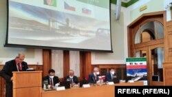 اجلاس هیئت بلند پایه حکومت افغانستان روی تقویت روابط اقتصادی و تجارتی، با سرمایه گذاران چکی و سلواکی در شهر پراگ
