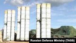 Ресейдің С-400 зенит-зымыран кешені (Көрнекі сурет).