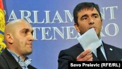 Nebojša Medojević i Enver Dacić na konferenciji za novinare, 8. mart 2011.