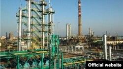 Фарғона нефтни қайта ишлаш заводига 1959 йилда асос солинган.