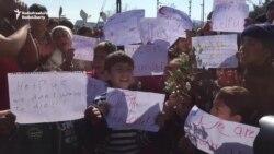 Protesting Refugees Block Train At Greece-Macedonia Border