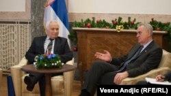 Presidenti serb, Tomislav Nikoliq në takim me të dënuarin për krime lufte në Bosnje, Momqilo Krajishnik