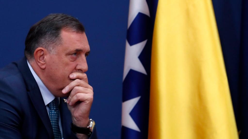 """""""Nikakve namjere o vanrednom stanju nisu bile separatističke"""", dodajeMilorad Dodik (na fotografiji), """"naprosto odbrambeno-zdravstvene mjere koje smo trebali provoditi."""