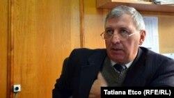 Директор профессиональной школы Думитру Лупей