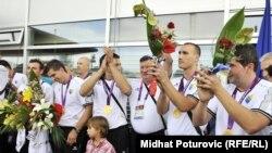 Osvajači zlatne medalje na Paraolimpijskim igrama u Londonu u sjedećoj odbojci dočekani su u Sarajevu, 10. septembar 2012.
