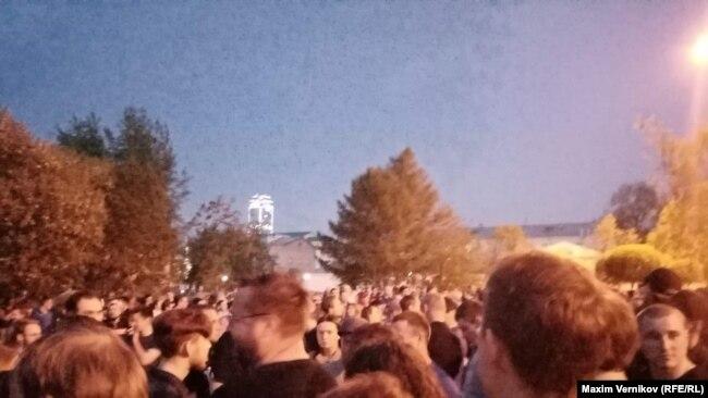 Митинг против строительства храма святой Екатерины в Екатеринбурге