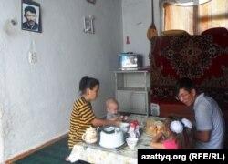 Бақтияр Бағынбаевтың отбасы. Шымкент, 20 тамыз 2014 жыл.