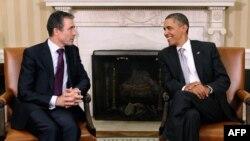 Presidenti amerikan Barak Obama dhe Sekretari i Përgjithshëm i NATO-s, Anders Fog Rasmusen, foto nga arkivi