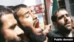 عبدالرضا هلالی از مشهورترین مداحان ایران که چندی پیش زندگی خصوصی وی جنجال آفرین شد.