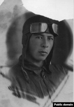 Асан Усеїнов, дядько Усніє Менакаєвої, 5 травня 1940 року