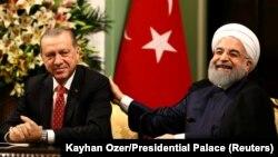 Իրանի և Թուրքիայի նախագահները Թեհրանում համատեղ ասուլիսի ժամանակ, 4-ը հոկտեմբերի, 2017թ․