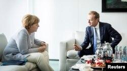 Angela Merkel və Donald Tusk