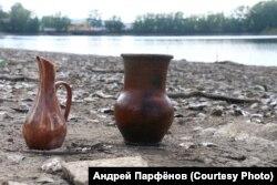 На оголившемся дне кусинского пруда нашли не только Сталина, но и другие неплохо сохранившиеся артефакты прежних времен