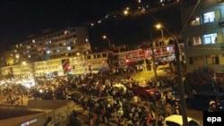Ljudi na ulicama Antofagaste nakon zemljotresa