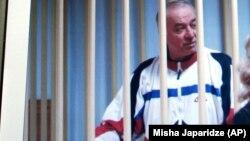 Սերգեյ Սկրիպալը մոսկովյան դատարանում, արխիվ
