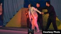 Iraq - Theater festival for schools, Basra, 19Feb2012