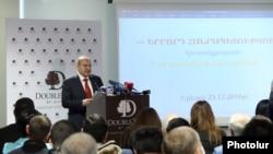 Armenia -- Viktor Dallakian addresses a congress of his Third Republic party, 23Dec.2016