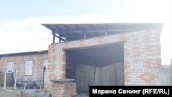 Тот самый гараж, где проходила голодовка