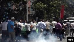 صحنه ای از اعتراض های خیابانی تهران در ماه گذشته