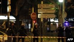 Спецоперація французької поліції в передмісті Парижа Сен-Дені, 18 листопада 2015 року