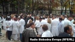 Архивска фотографија: Штрајк на лекарите во Клинички центар во Скопје.